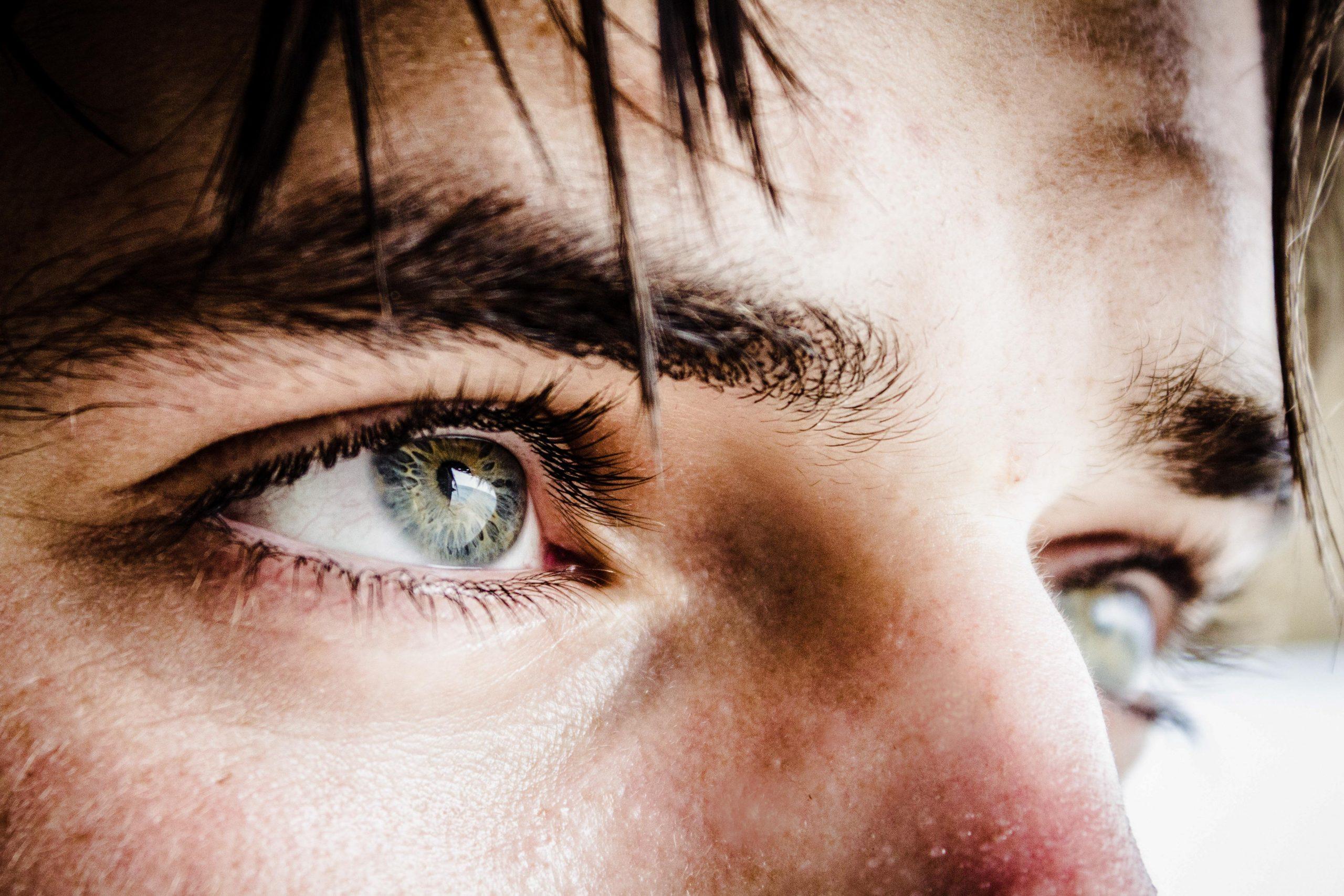 mans eyes